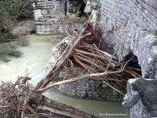 fiume burano. ponte romano. alluvione novembre 2013.